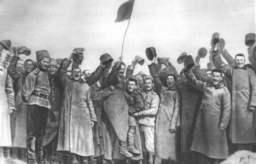 Манифестация на фронте. Март 1917 г.