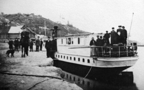 Трубчевск. Пристань на реке Десна. Фото 1909 г. Источник: «информационный портал «Трубчевск»