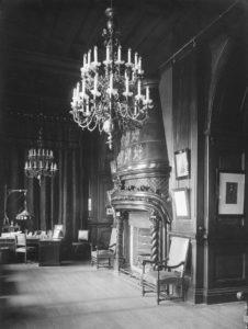 Кабинет Николая II в Зимнем дворце. 1917 г.