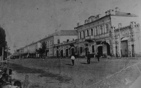 Орловская улица в Трубчевске. Фото 1900-1910х гг. Источник: www.trubchevsk.pro